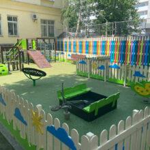 Детская площадка на территории Медцентра Росимущества на Каланчевской улице
