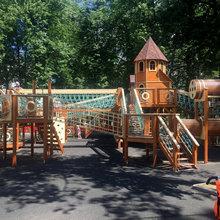 Детский игровой комплекс в Парке культуры и отдыха г.Павловский Посад