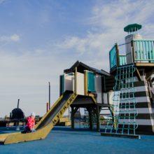 Детская площадка. Набережная в посёлке Рыбная слобода (Татарстан)